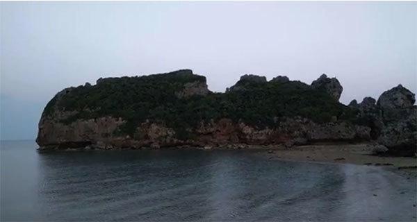 人面岩の写真
